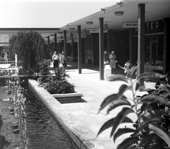 Oakridge Mall in the 60s